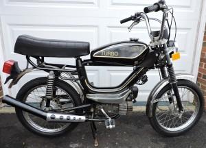 1985 Safari 300MT Turbo black