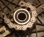 Peugeot 102 front sprocket with original rubber rings. 415H chain does not mesh.
