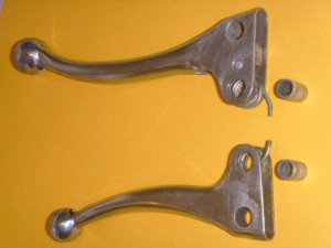 1. D20 brake lever with D11 spring, D23 brake plate, and D9 tube 2. D19 start lever with D12 spring and D9A tube